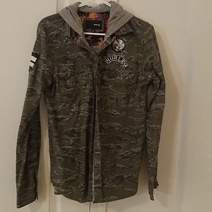 Hurley button down camo shirt with hood
